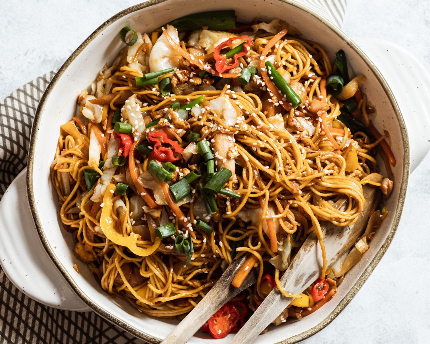 Chicken Chow Mein (aka Chinese Fried Noodles)